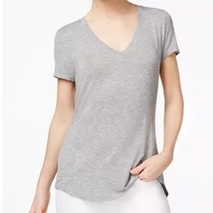 Rachel Rachel Roy Taylor High-Low V-Neck Tee